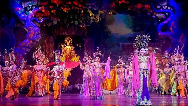 Alcazar Cabaret - Qué Ver y Hacer en Pattaya