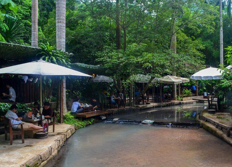 Baan Suan Café - Un jardín natural donde comer en Chiang Mai