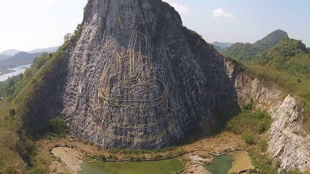 La montaña de buda - Qué Ver y Hacer en Pattaya