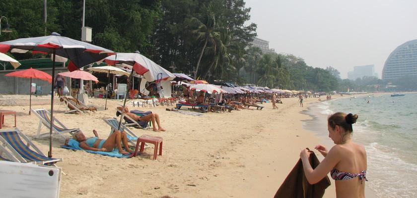 Naklua Beach - Qué Ver y Hacer en Pattaya