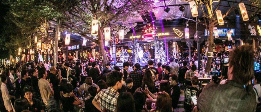 Tha Chang Cafe - Fiesta en Chiang Mai