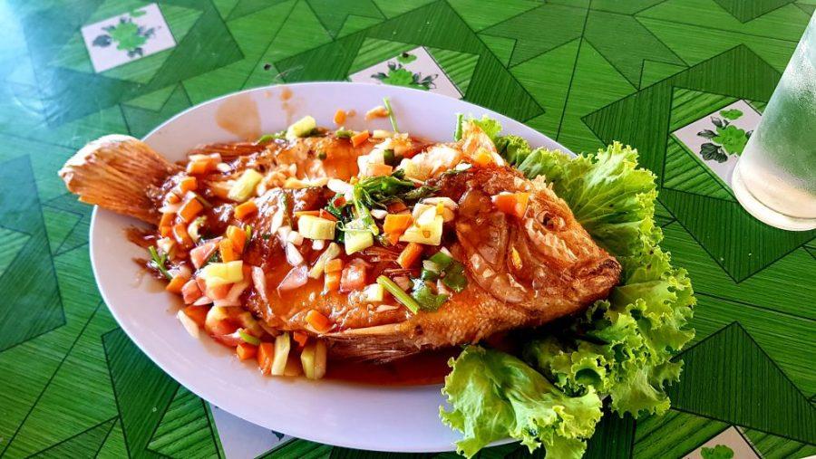 Comida Tailandesa - Pescado Frito Tailandés