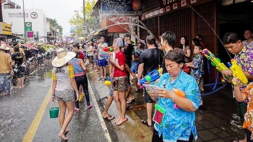 Songkran - Festividades Tailandesas