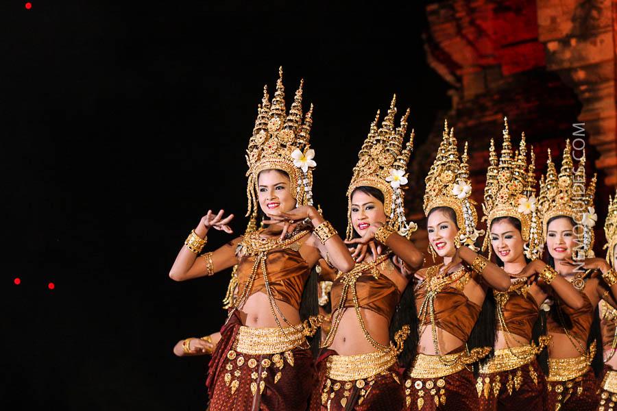 Danzas Tradicionales de la Cultura Tailandesa
