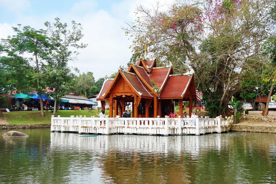 Wat Nam Hu - Pai