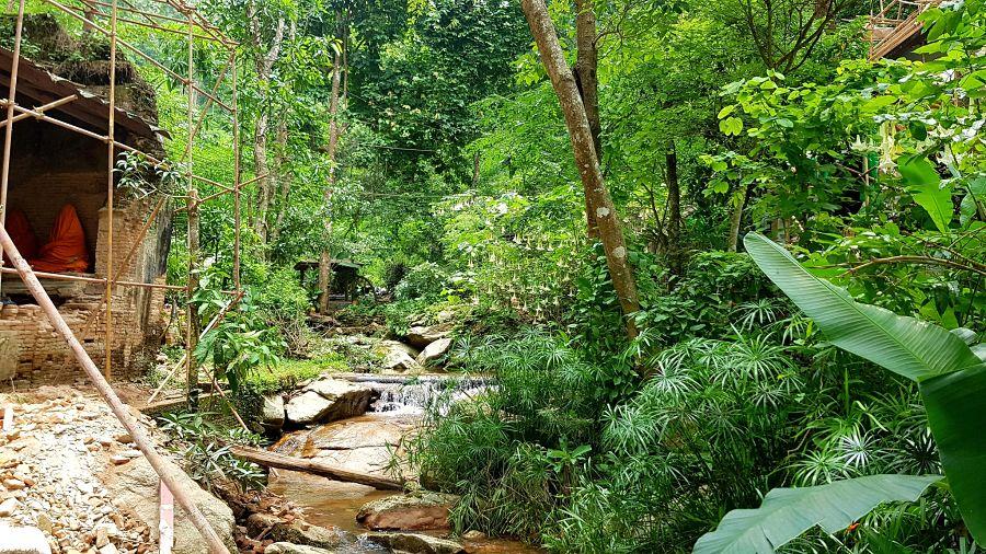 TemploWat Pha Lat - Chiang Mai - Selva