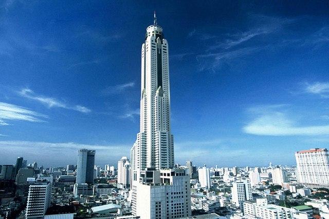Cena en la Torre Baiyoke II - El edificio más alto de Tailandia