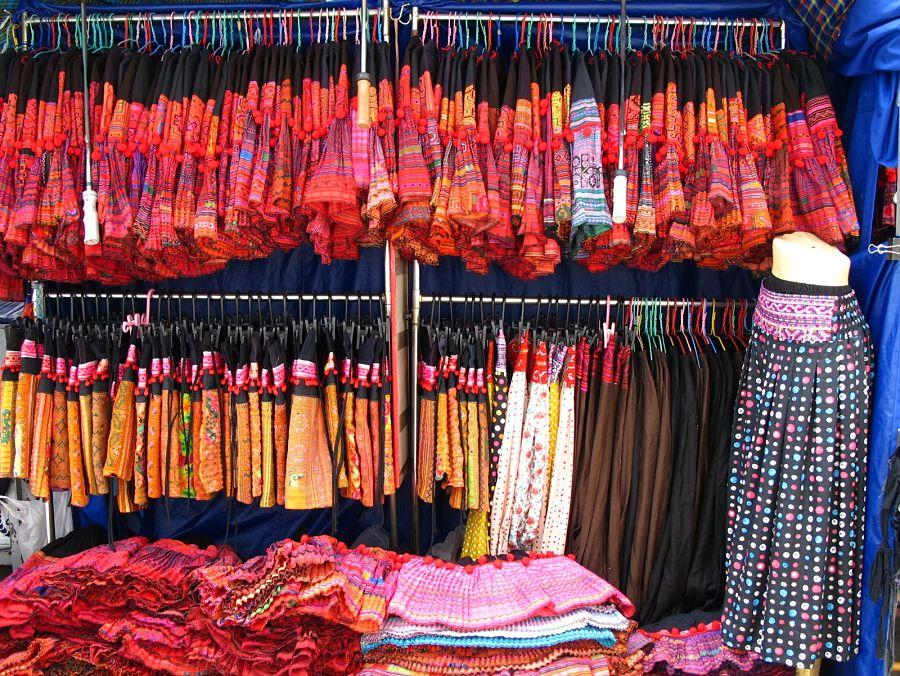 Warorot Market - Chiang Mai - Ropa