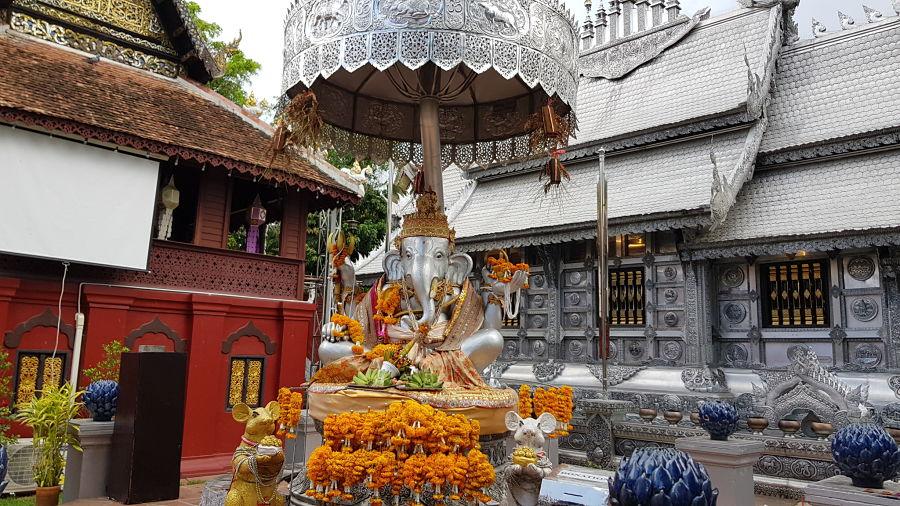 Wat Sri Suphan - El Templo de Plata de Chiang Mai