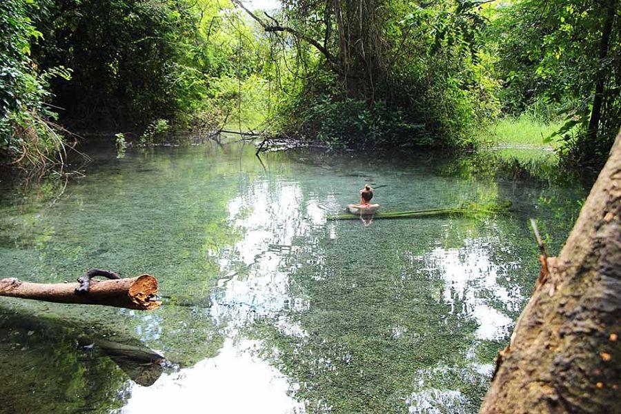 Aguas Termales de Pai - Sai Ngam - Piscina Natural