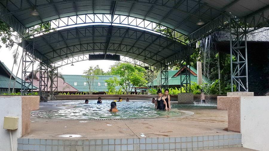 Aguas termales de Chiang Mai - Piscina Termal