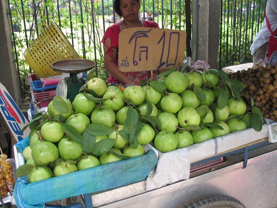 Frutas típicas de Tailandia - Guayaba - Farang
