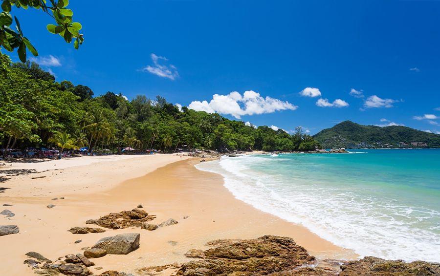 Qué Ver y Hacer en Phuket - Laem Sing Beach