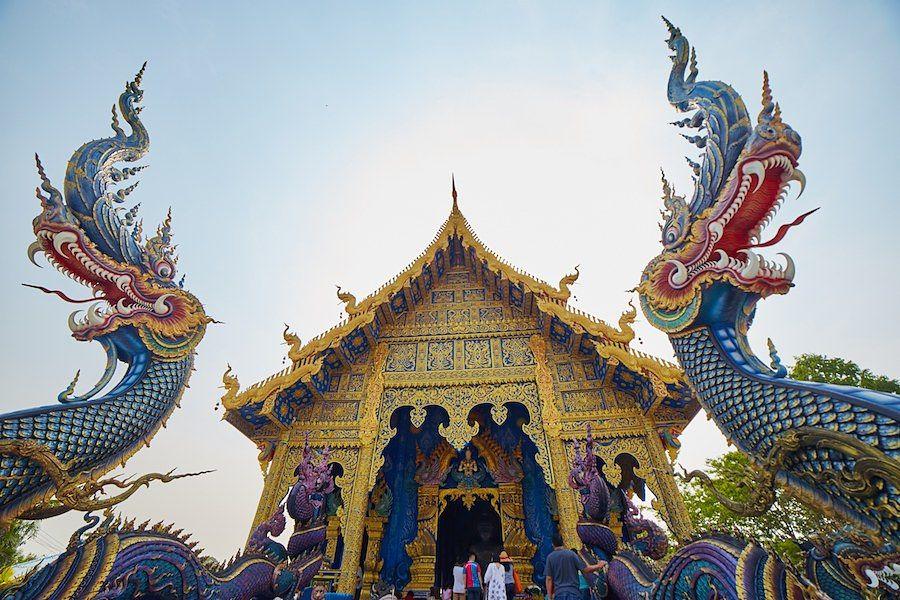 Templo Azul de Chiang Rai - Nagas