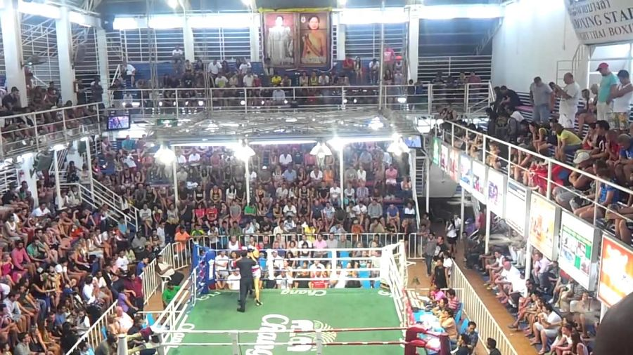 Dónde ver Muay Thai en Phuket - Bangla Boxing Stadium