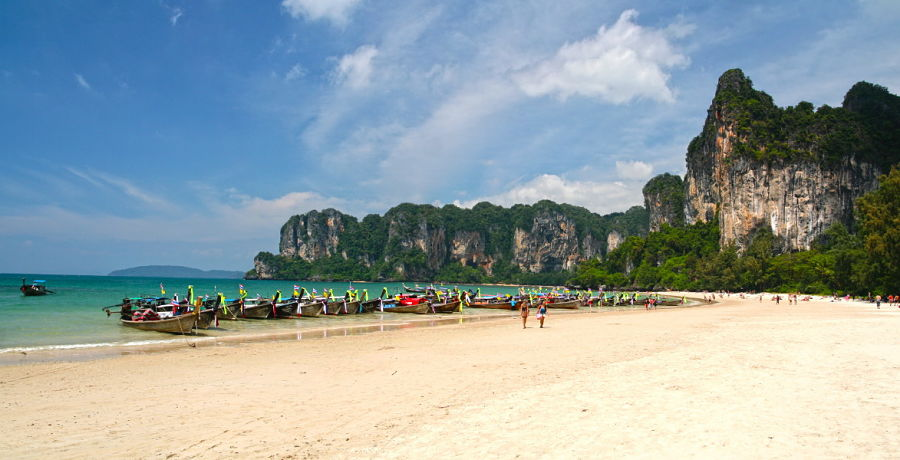 Railay West Beach - Krabi - Barcas