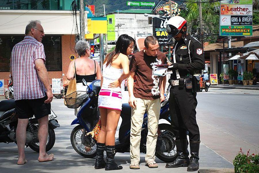 Control de Policía en Tailandia