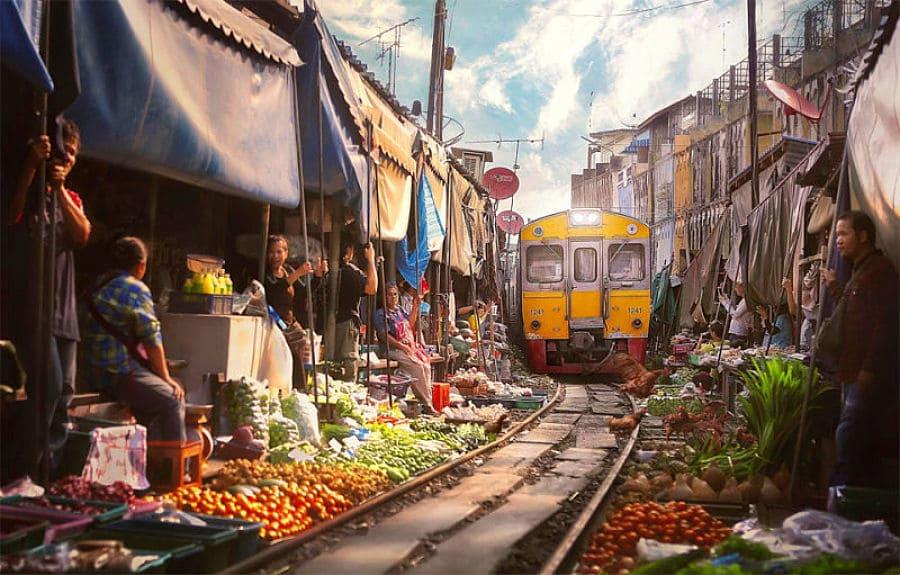 Mercado Sobre las Vías del tren de Bangkok