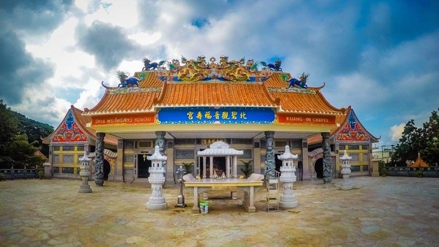 Capilla China Kuang Im - Templos de Kanchanaburi que visitar