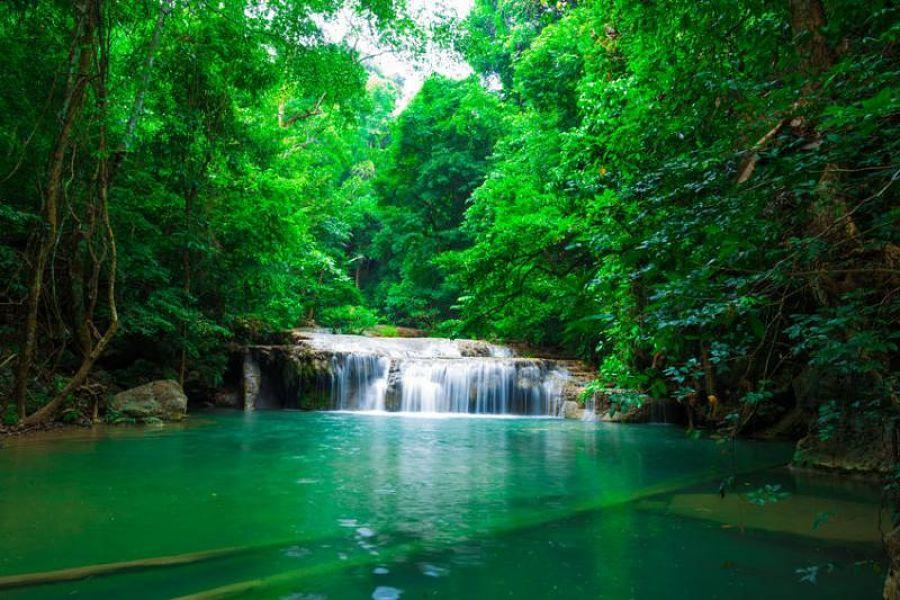 Niveles de las cascadas Erawan