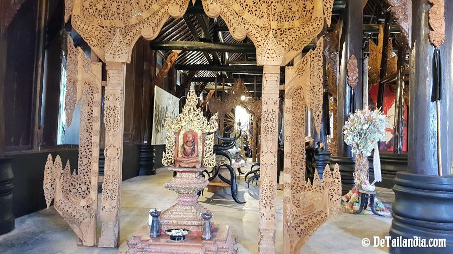 Decoración de la Casa Negra de Chiang Rai - Museo Baandam