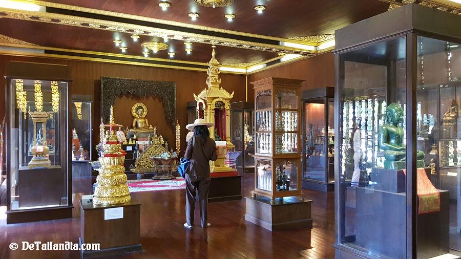 Museo en el Templo del Buda Esmeralda de Chiang Rai