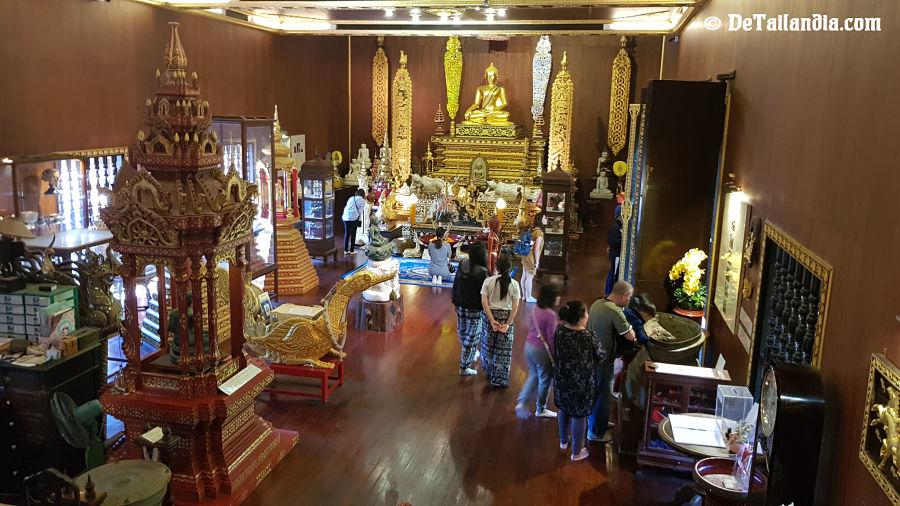 Interior Museo Buda Esmeralda de Chiang Rai