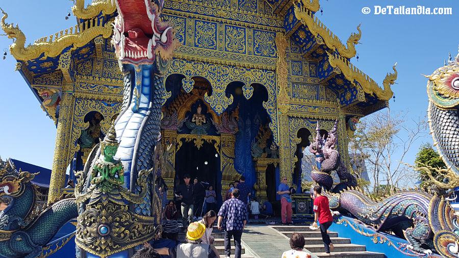Puerta del Templo Azul de Chiang Rai
