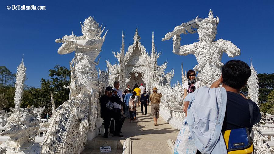 Templo Wat Rong Khun en Chiang Mai - Tailandia