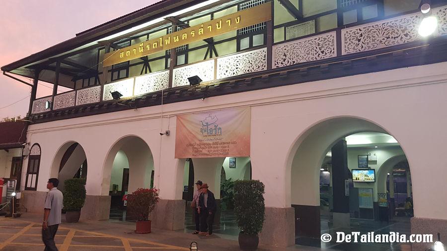 Estación de Tren de Lampang