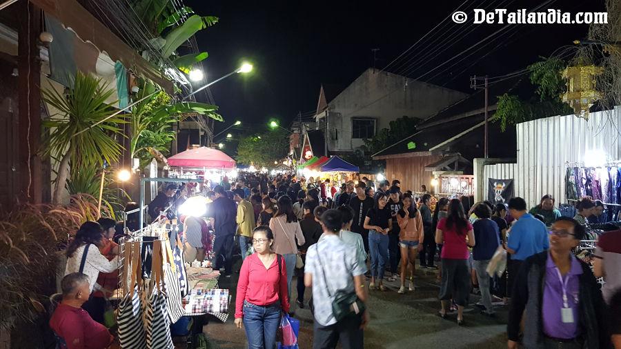 Mercado Nocturno de Lampang