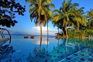Hotel con piscina en Koh Chang